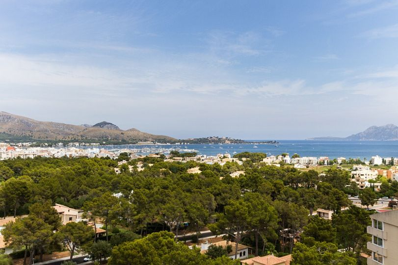 Mallorca property for sale - Puerto de Pollensa AMAZING apartment with stunning views for sale