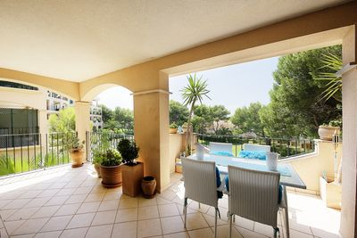 Modern apartment in Nova Santa Ponsa  in the Mediterranean and well maintained community Green Park with a big community pool