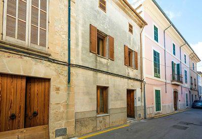 Stadthaus mit Patio in Pollensa zu verkaufen     PREIS REDUZIERT VON 525 000€ AUF 475