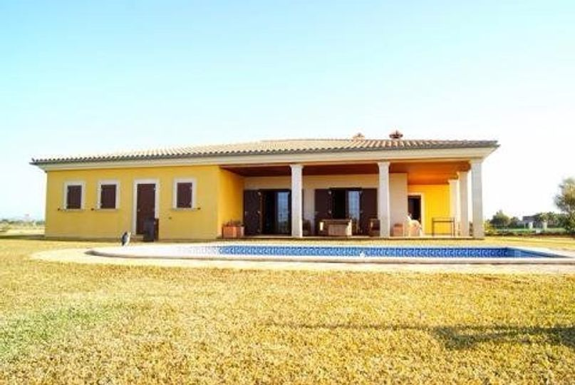 This villa with pool is located about 800 meters from the beautiful beach of Es Trenc and was built barrier-free four years ago