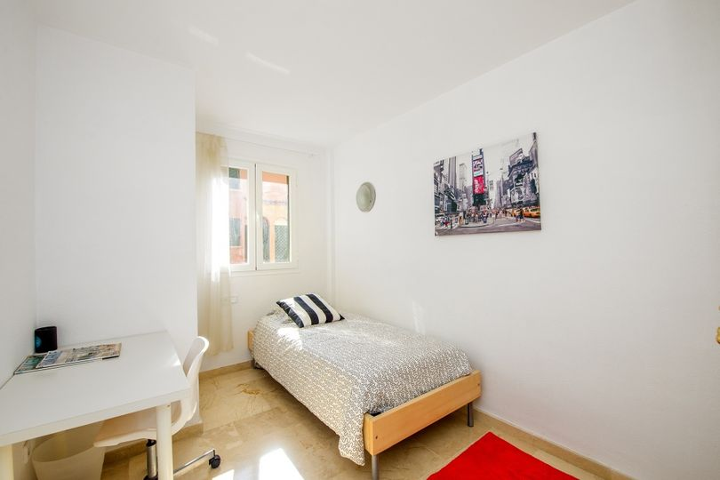 This well maintained duplex is located in the popular community Port Adriano Village