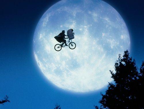 E.T. l'extra-terrestre film complet