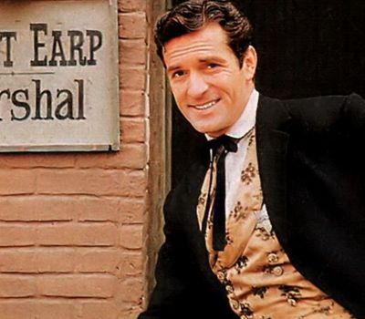 The Life and Legend of Wyatt Earp online