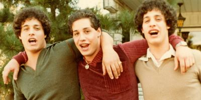 Three Identical Strangers STREAMING