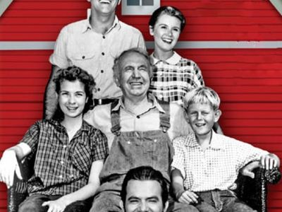 watch The Real McCoys streaming