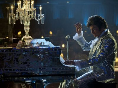 watch Behind the Candelabra streaming