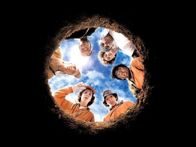 watch Holes streaming