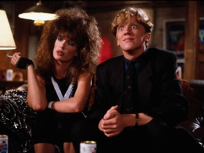 watch Weird Science streaming