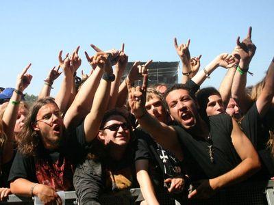 watch Metal: A Headbanger's Journey streaming