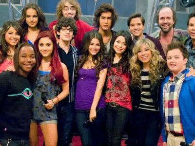 watch iParty with Victorious streaming