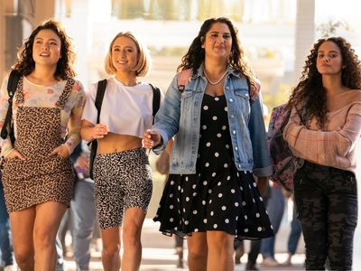 watch American Pie Presents: Girls' Rules streaming