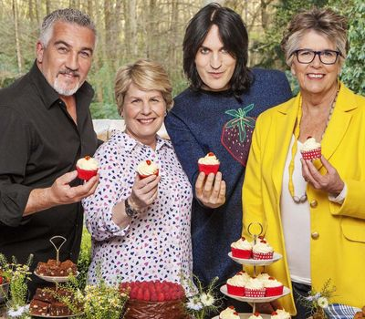 The Great British Bake Off online