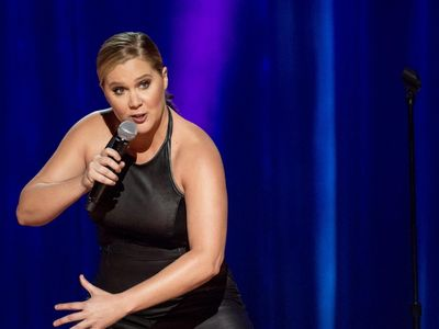 watch Amy Schumer: The Leather Special streaming