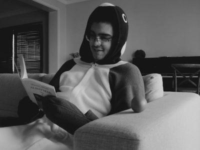 watch Penguin Man streaming