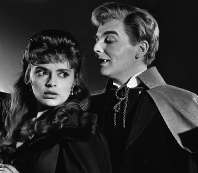 The Brides of Dracula online