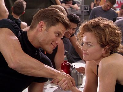 watch Starship Troopers streaming