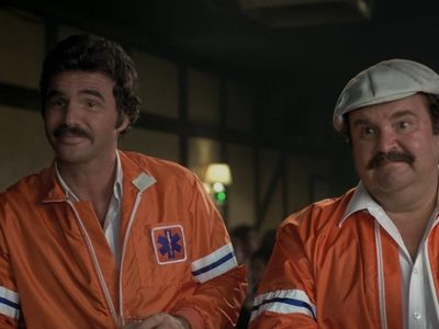 watch The Cannonball Run streaming