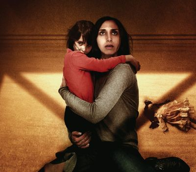 Under the Shadow online