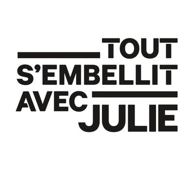 Julie's Magic Touch online