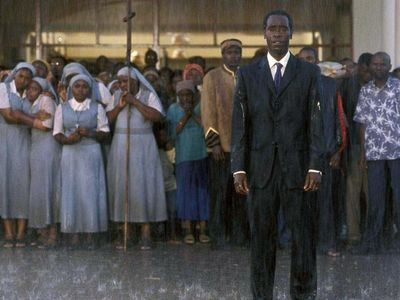 watch Hotel Rwanda streaming