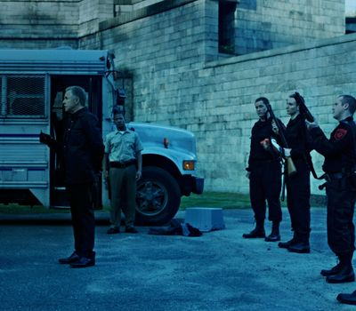 Brawl in Cell Block 99 online