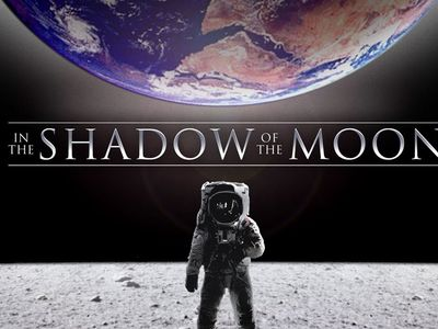 watch In the Shadow of the Moon streaming