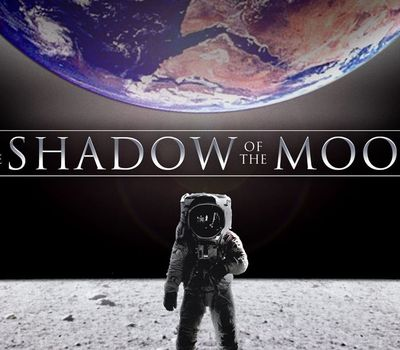 In the Shadow of the Moon online