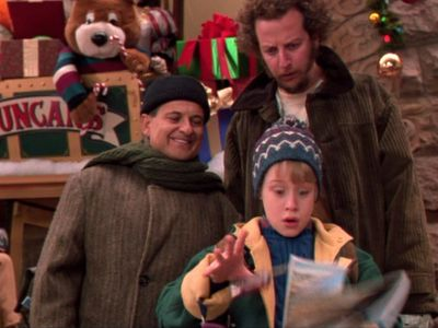 watch Home Alone 2: Lost in New York streaming