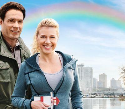 Love Under the Rainbow online