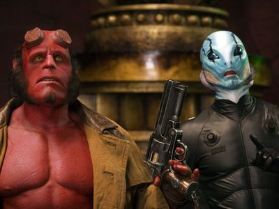 watch Hellboy II: The Golden Army streaming