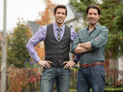 watch Property Brothers: Buying and Selling streaming