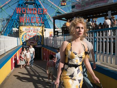 watch Wonder Wheel streaming