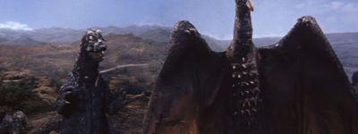 Ghidrah, le monstre à trois têtes online