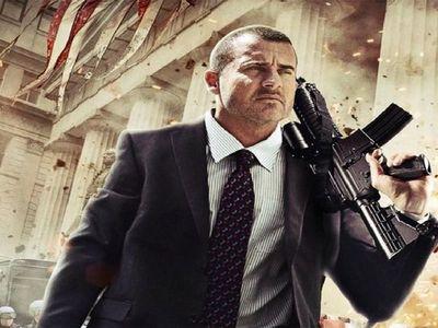 watch Assault on Wall Street streaming