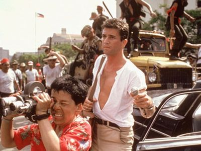 watch The Year of Living Dangerously streaming