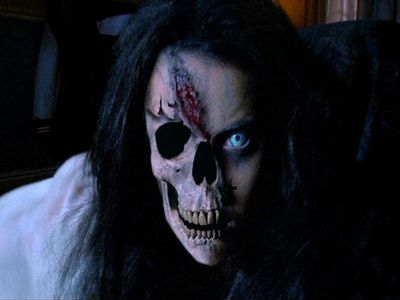 watch Urban Legends: Bloody Mary streaming