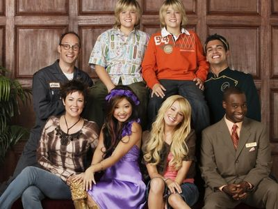 watch The Suite Life of Zack & Cody streaming