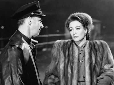 watch Mildred Pierce streaming