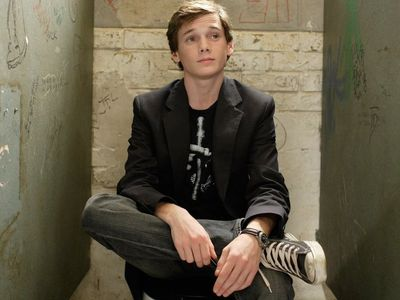 watch Charlie Bartlett streaming