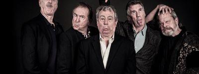 Monty Python Live (Mostly) online