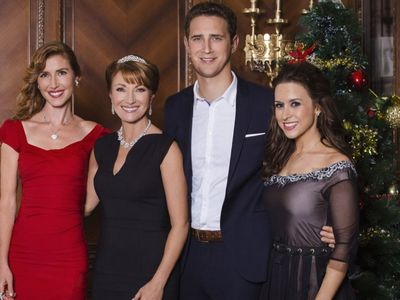 watch A Royal Christmas streaming