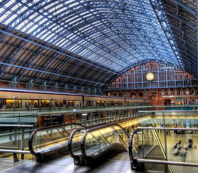 The 800 Million Pound Railway Station online