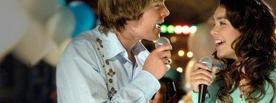 High School Musical 1 : Premiers pas sur scène online