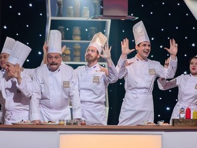 watch The Kitchen: World Chef Battle streaming