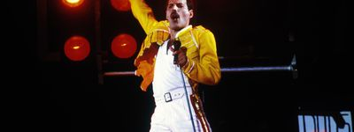 Queen: Live at Wembley Stadium online