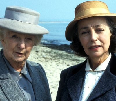 Miss Marple: The Body in the Library online