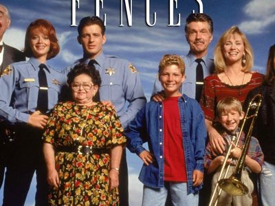 watch Picket Fences streaming