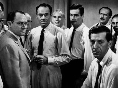 watch 12 Angry Men streaming