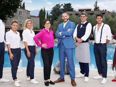 watch First Dates Hotel streaming