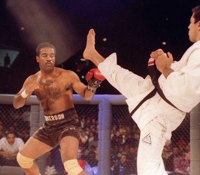 UFC 1: The Beginning online